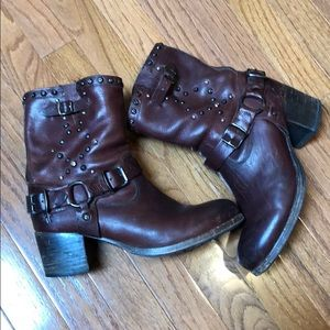 Well loved Frye boots- cognac with studs